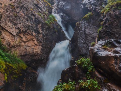 Кайракский водопад, ущелье Тургень и плато Асы (2 дня)
