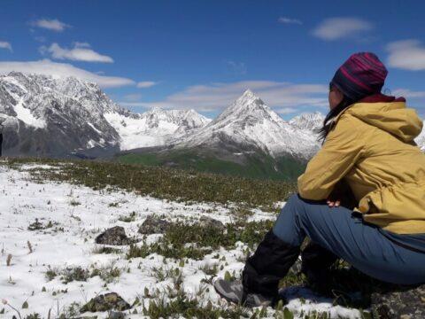 Поход к подножию горы Белуха, Казахстан