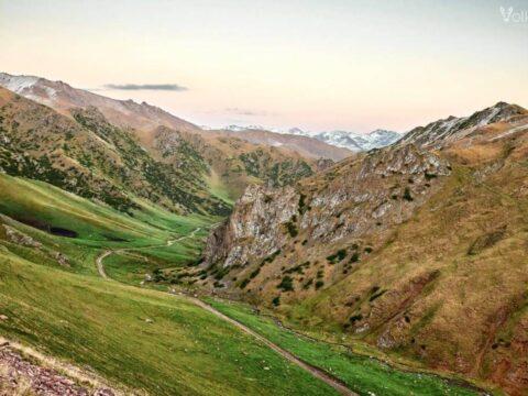 Ущелье Комирши - Долина Шалкоде - Кетмень (3 дня)